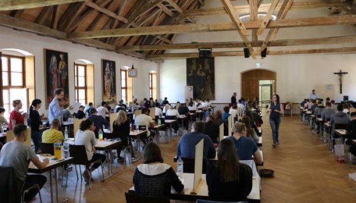 (Fach-)Abiturprüfungen an der BO Scheyern